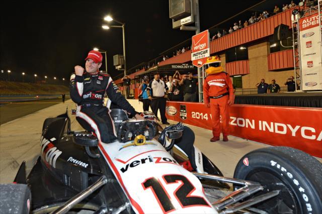 IndyCar: Fontana – Power takes first championship, Kanaan wins the race