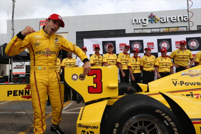 IndyCar: Houston Race 2 – Castroneves, Aleshin top qualifiers