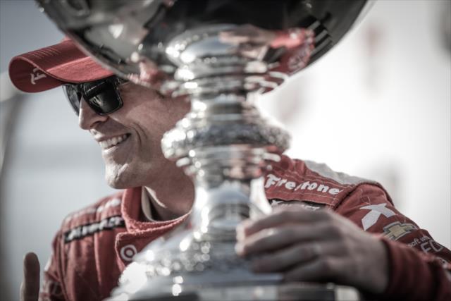 IndyCar: Sonoma – Dixon wins race and 2015 title